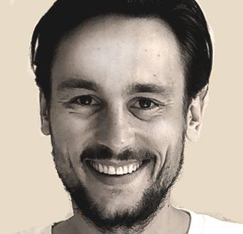 Christopher Paksi, Dipl.-Handelsfachwirt, Consultant